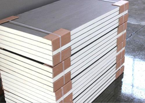 工厂批量生产聚氨酯复合板